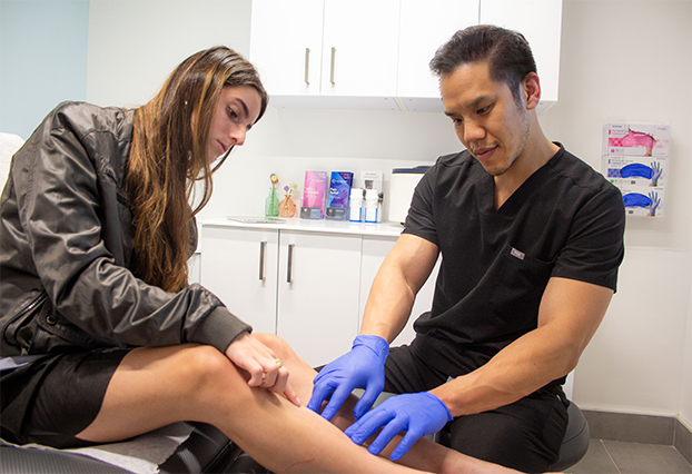 What are the Qualities of a Good Varicose Vein Doctor Near Me in Houston?